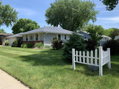 Huron Single Family Home For Sale: 1668 Ohio Ave SW
