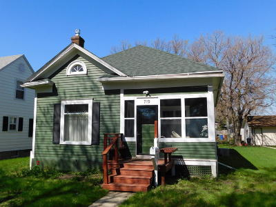 Huron Single Family Home For Sale: 719 Wisconsin Ave SW