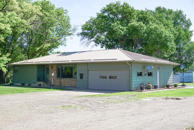 Single Family Home For Sale: 21518 Sd Highway 37