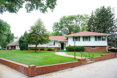Huron Single Family Home For Sale: 1407 Ohio Ave SW