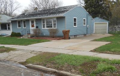 Huron Single Family Home For Sale: 1361 Utah Ave SE