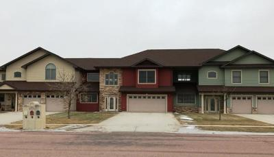 Mitchell SD Single Family Home For Sale: $749,700