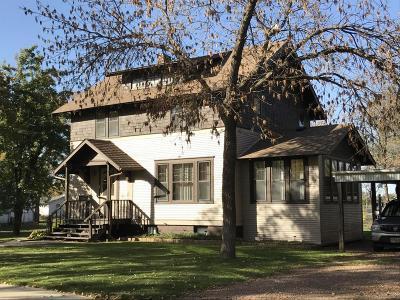 Single Family Home For Sale: 116 N Parks St NE
