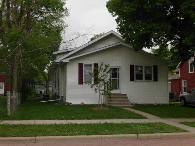 Single Family Home For Sale: 405 S Edmunds St