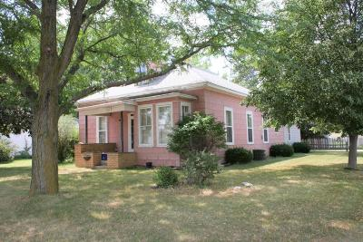 Single Family Home Pending: 701 S Rowley St
