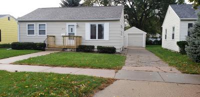 Single Family Home For Sale: 1215 E 4th