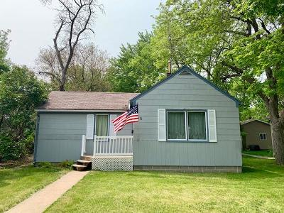 Mitchell Single Family Home For Sale: 615 S Edmunds St