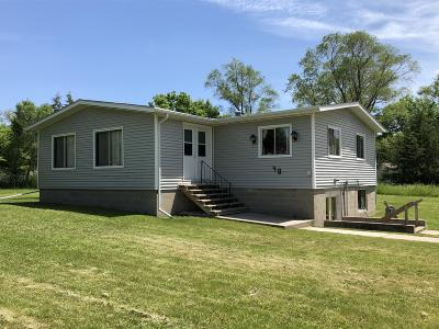 Single Family Home For Sale: 40 Church St