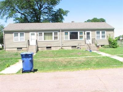 Single Family Home For Sale: 512 & 514 Chapel Ave
