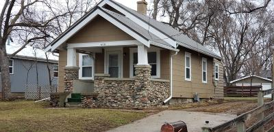 Single Family Home For Sale: 608 S Lawler