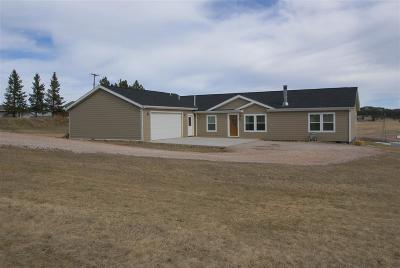 Custer SD Single Family Home Sold-Co-Op By Bor Member: $271,500