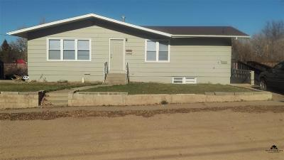 Belle Fourche SD Multi Family Home For Sale: $160,000