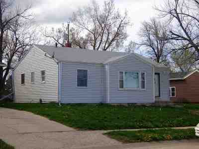 Belle Fourche SD Single Family Home For Sale: $98,000