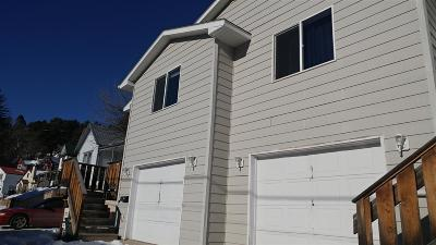Single Family Home Uc-Contingency-Take Bkups: 514 Railroad Ave