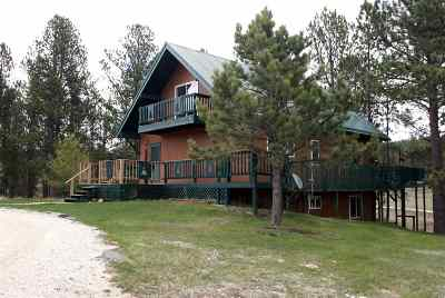 Custer SD Single Family Home Uc-Contingency-Take Bkups: $397,000