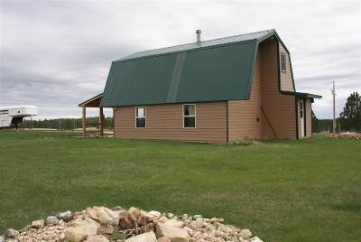 Custer SD Single Family Home Sold-Co-Op By Bor Member: $134,900