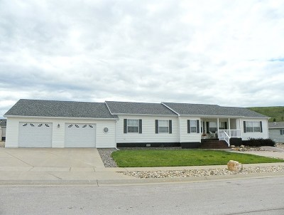 Spearfish SD Single Family Home Sold-Co-Op By Bor Member: $179,000