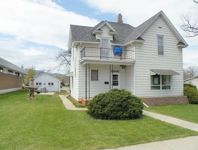 Spearfish Single Family Home Financing Contingency: 921 N Main