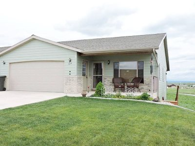 Belle Fourche SD Single Family Home For Sale: $214,900