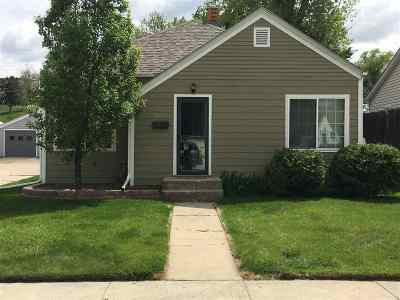 Belle Fourche SD Single Family Home For Sale: $156,900