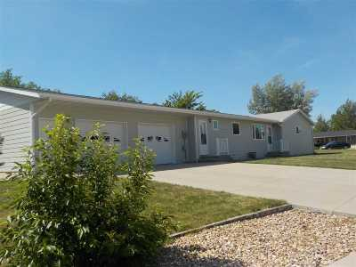 Belle Fourche SD Single Family Home For Sale: $175,000