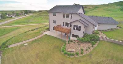 Rapid City Single Family Home Under Contract-Dont Show: 2376 Vantage Point Ct