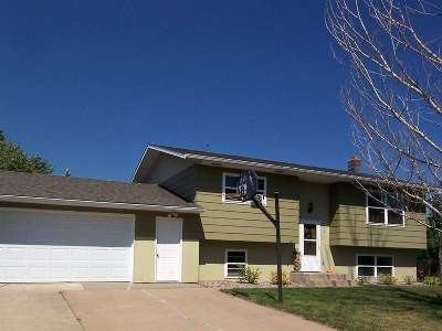 Spearfish SD Single Family Home Financing Contingency: $198,500