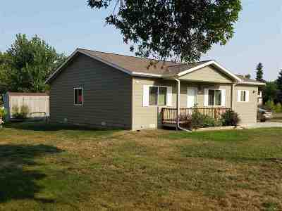 Belle Fourche SD Single Family Home For Sale: $149,900
