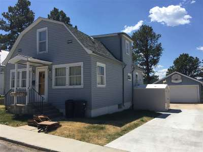 Single Family Home Uc-Contingency-Take Bkups: 609 W Summit