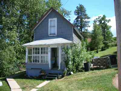 Spearfish, Lead, Deadwood/central City, Deadwood, Strugis, Whitewood, Belle Fourche, Spearfish Canyon Single Family Home For Sale: 11 W Hill Street