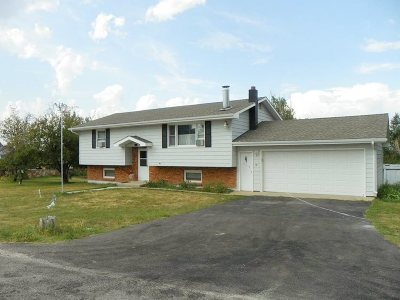 Spearfish SD Single Family Home Financing Contingency: $189,000