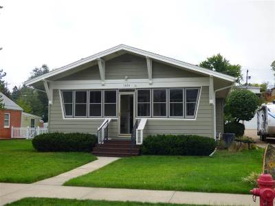 Belle Fourche Single Family Home For Sale: 1026 Kingsbury St.