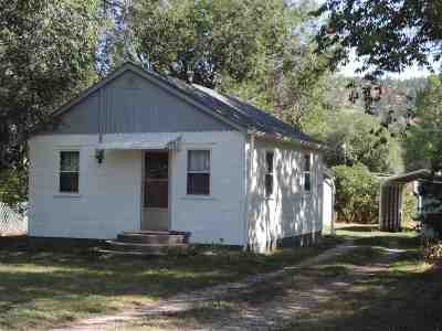 Hot Springs Single Family Home Financing Contingency: 1013 S River St