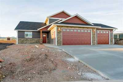 Spearfish SD Single Family Home Uc-Contingency-Take Bkups: $319,000