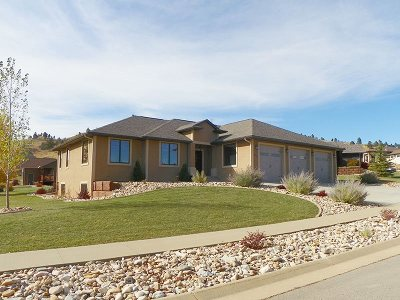 Spearfish SD Single Family Home Uc-Contingency-Take Bkups: $429,000