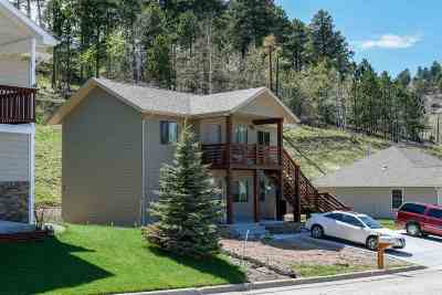 Multi Family Home For Sale: 35 3rd