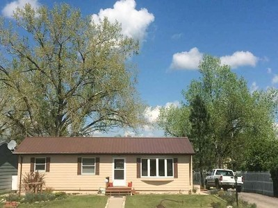 Belle Fourche SD Single Family Home For Sale: $164,900