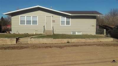 Belle Fourche SD Single Family Home For Sale: $150,000
