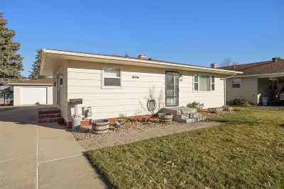 Sturgis Single Family Home For Sale: 1207 Deadwood St.
