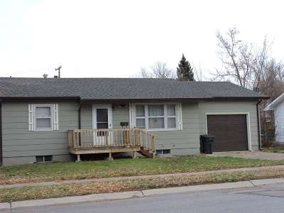 Belle Fourche SD Single Family Home Uc-Contingency-Take Bkups: $134,000