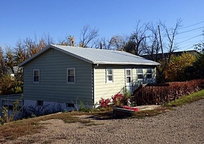 Belle Fourche Single Family Home For Sale: 505 Meade