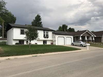 Belle Fourche SD Single Family Home For Sale: $194,900