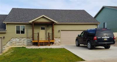 Belle Fourche SD Single Family Home For Sale: $215,000