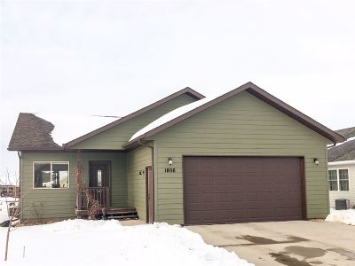 Spearfish Single Family Home For Sale: 1806 Durgin Ct.