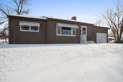 Belle Fourche Single Family Home Uc-Contingency-Take Bkups: 1605 10th Avenue