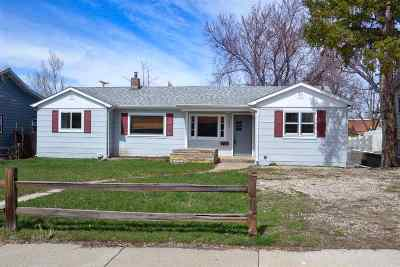 Belle Fourche Single Family Home For Sale: 1021 Omaha