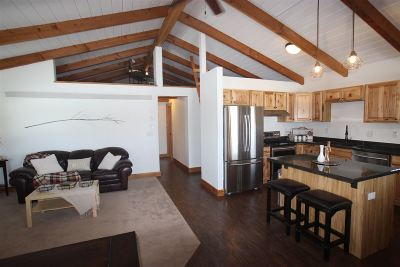 Spearfish SD Single Family Home Uc-Contingency-Take Bkups: $229,000