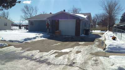 Belle Fourche Single Family Home Uc-Contingency-Take Bkups: 1104 Walworth