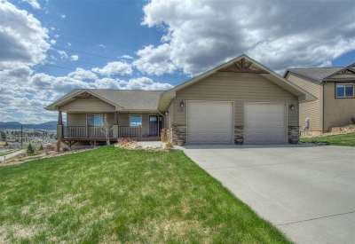 Spearfish Single Family Home For Sale: 2205 Saddlehorn