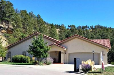 Rapid City Single Family Home For Sale: 2404 Holiday